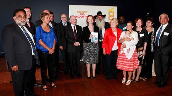 © YouMeUnity - Panel Hands Report to PM (Mick Gooda far right)