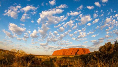 Uluru / Tchami / Flickr