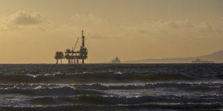 oil-platform-484859_1920