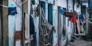alley-cloth-clothesline-917377