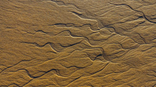 Flowing Sand